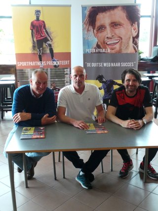 Mit sportpartners-Gründer Fons van den Brande (ganz links)